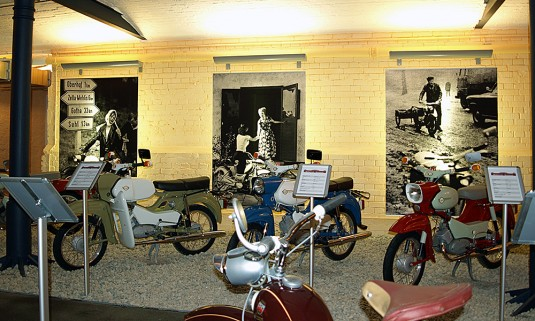 Motorradmuseum – Backlights